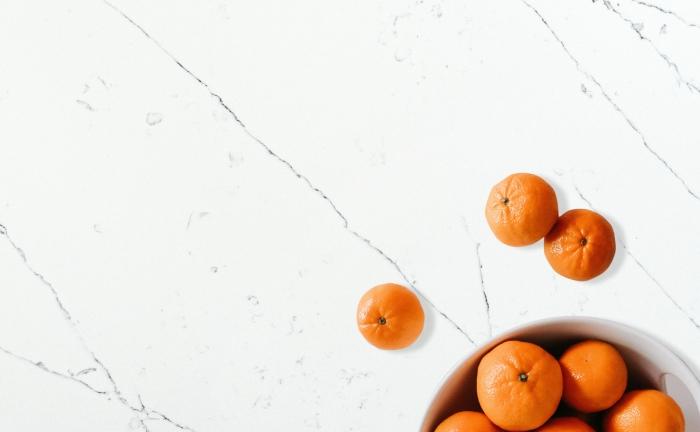 Arenastone Calacatta Delicato – prop shot – oranges