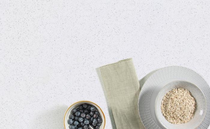Arenastone Bianco Stelline - blueberries and porridge