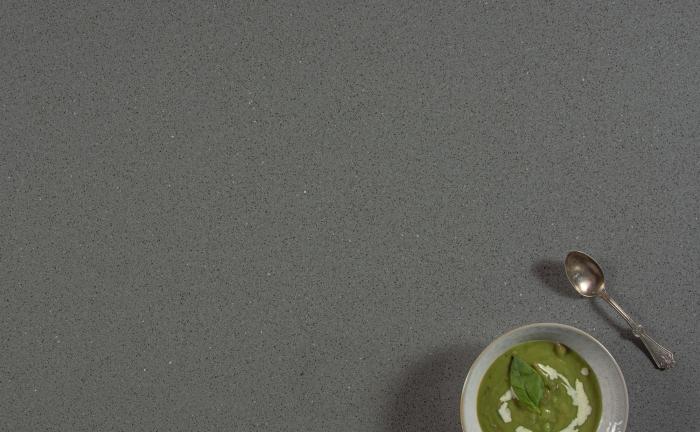 Arenastone Grigio Misto - pea soup in bowl
